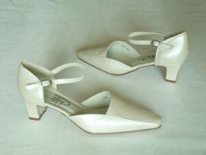 Cathy - Cathy esküvői cipő webáruház f4bacae35d