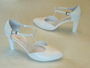 Menyasszonyi cipők. Cathy 8feaa655e8