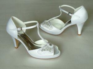 4df6b43392 Szandál fazonú felvezetőpántos női esküvői cipő