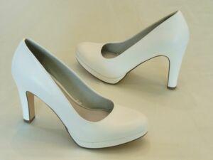 Menyasszonyi cipők 46a259c791