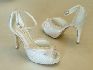 70911b6300 Charlotte – szandál fazonú női esküvői cipő