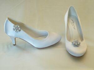 d1b000dcf3 Diana – körömcipő fazonú női esküvői cipő Claudia cipőklipsszel