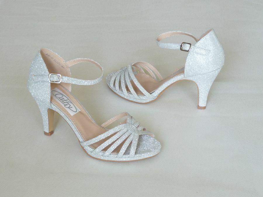 80b7ccdf0e Szandál fazonú női esküvői cipő - Sarokmagasság 6 - 9 cm