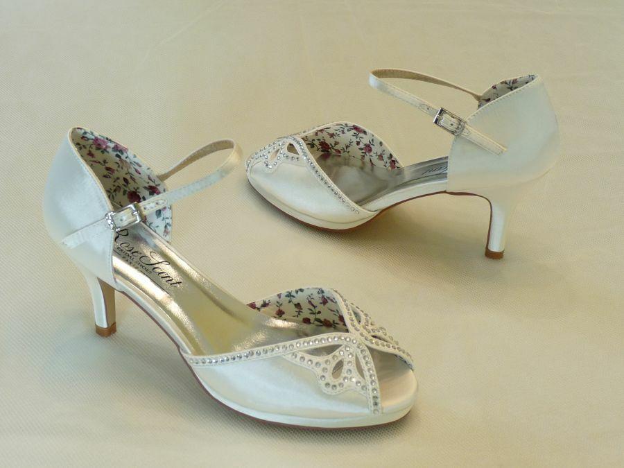 43978827b4 Szandál fazonú női esküvői cipő - Sarokmagasság 6 - 11 cm