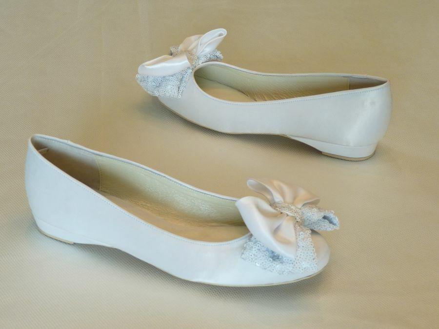 Lapos masnis esküvői cipő