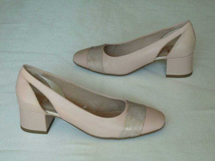 Púder színű, oldalt nyitott, női esküvői cipő