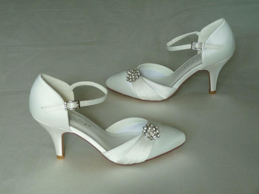 Abigail pántos női esküvői cipő