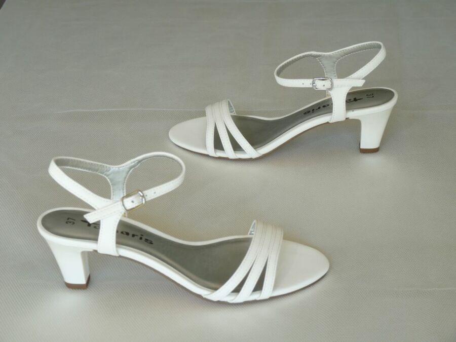 Fehér matt színű szandál