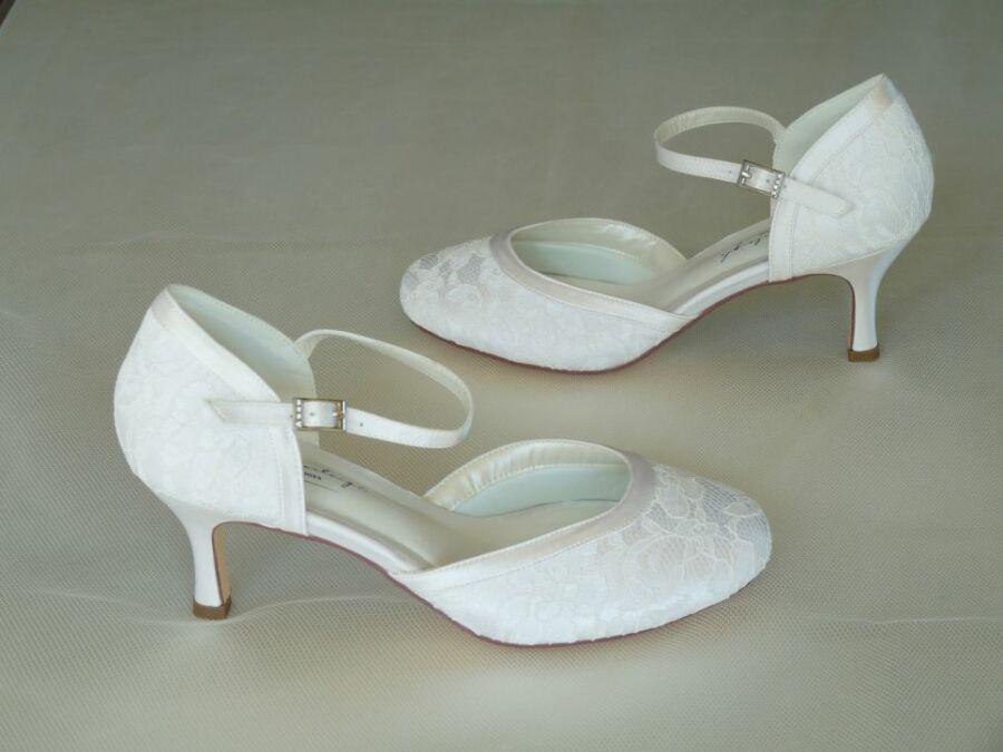 Daisy - pántos női esküvői cipő
