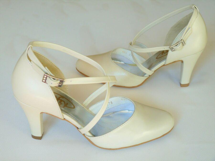 Kétrészes keresztpántos női esküvői cipő