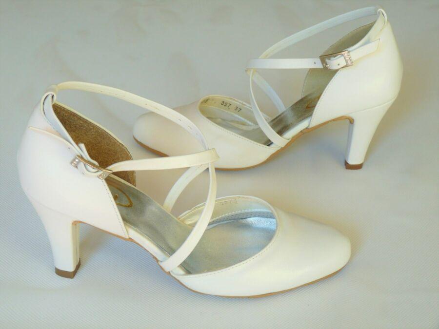 Kétrészes keresztpántosnői esküvői cipő