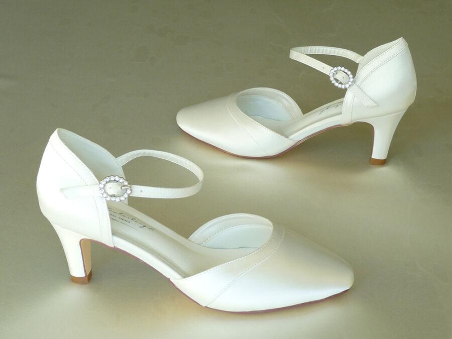 Luna pántos női esküvői cipő