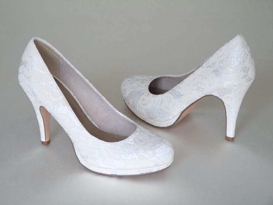 Körömcipő fazonú, platformos női esküvői cipő