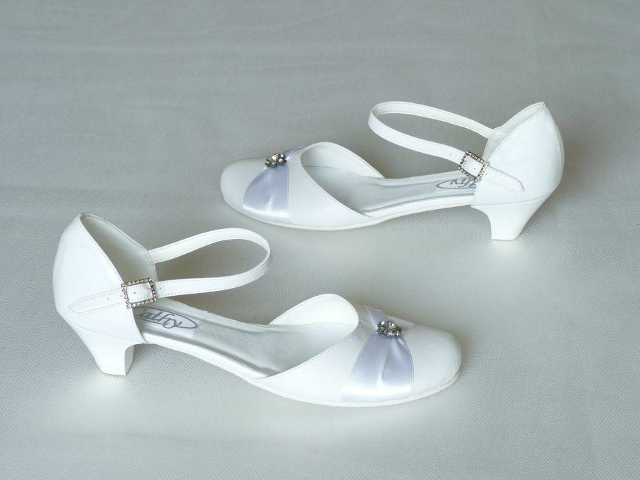 Pántos női esküvői cipő