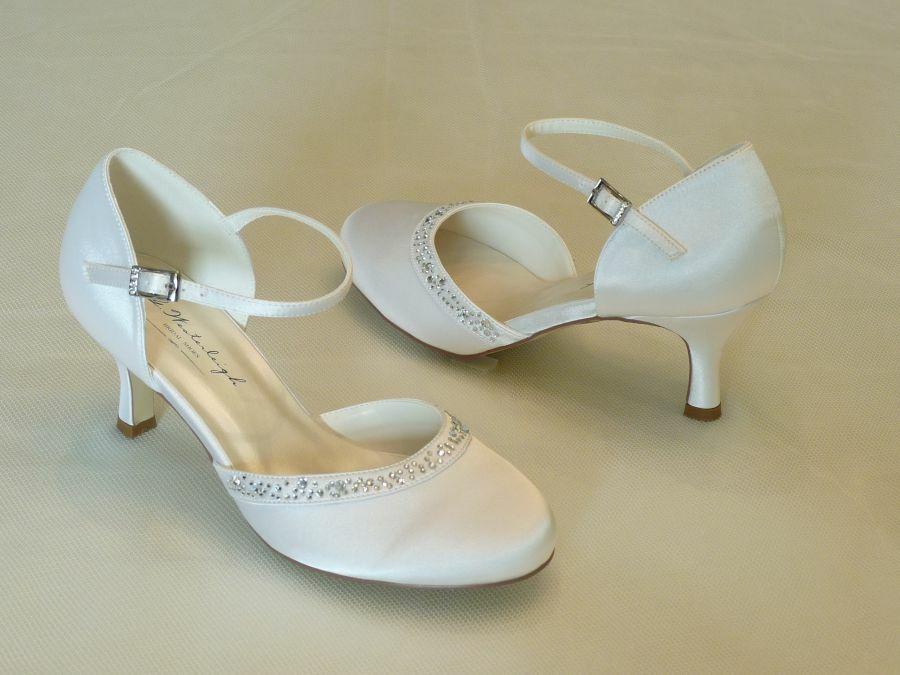 Adele – pántos női esküvői cipő
