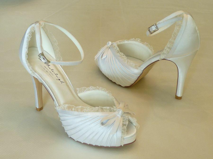 Charlotte – szandál fazonú női esküvői cipő